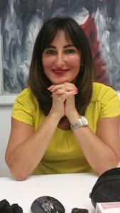 Dr Daniela Bitlan